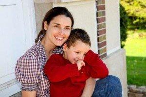 une-maman-et-son-fils-handicape-reportage
